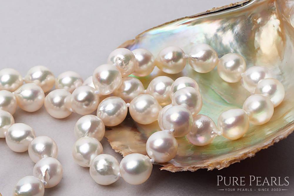 Akoya Pearl Shapes: Baroques