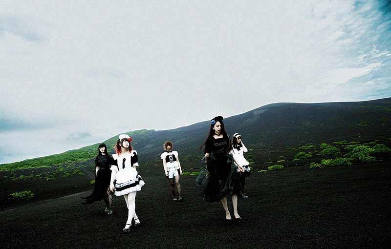 BAND-MAID group pic Japanese band bandmaid
