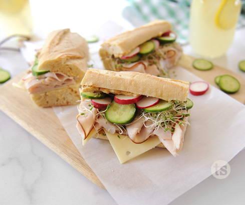 asian garlic turkey sandwiches