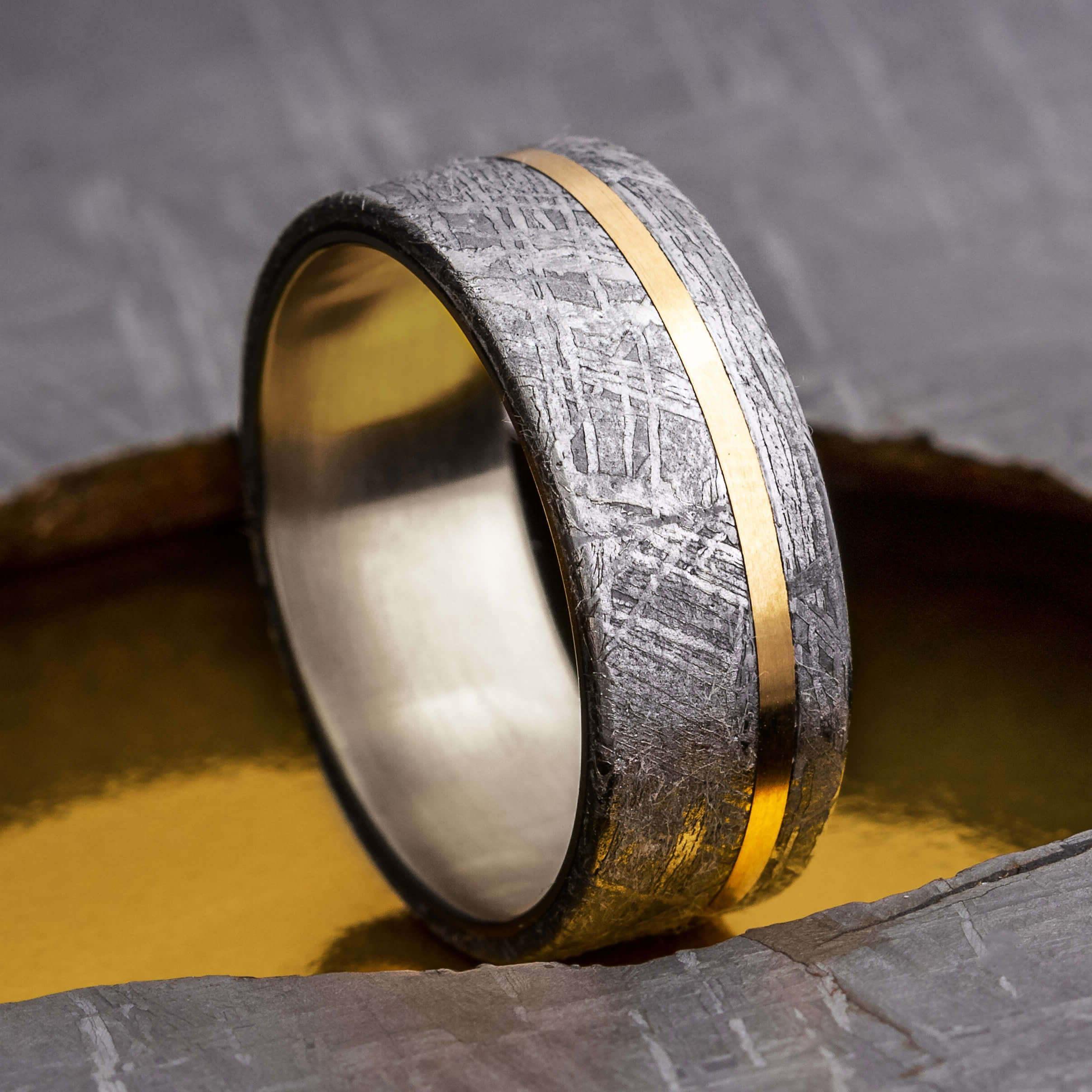Gold Pinstripe Ring
