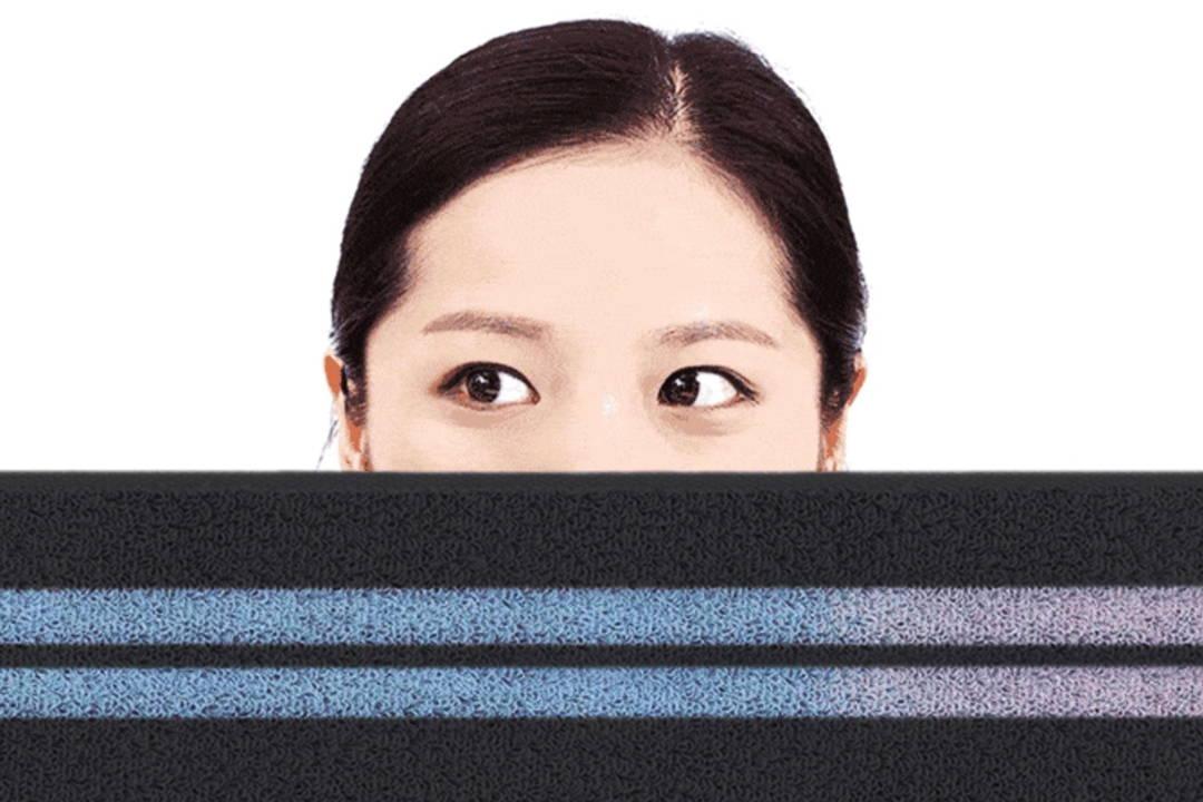 Mizu Towel - Smart Towel That Changes It's Color When Dirty