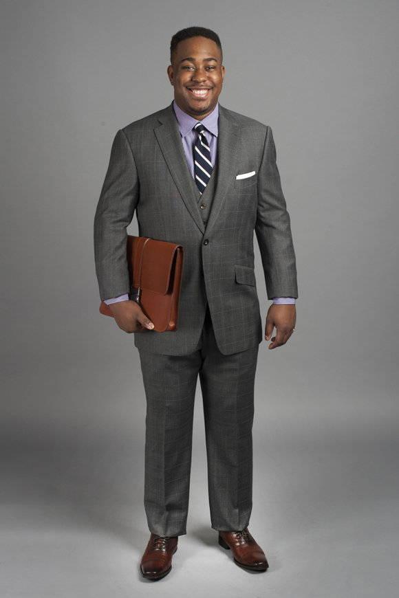 suits-for-athletic-men