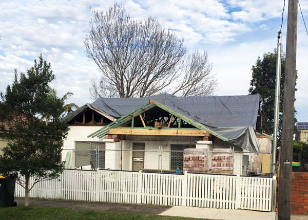 builders-roof-tarp