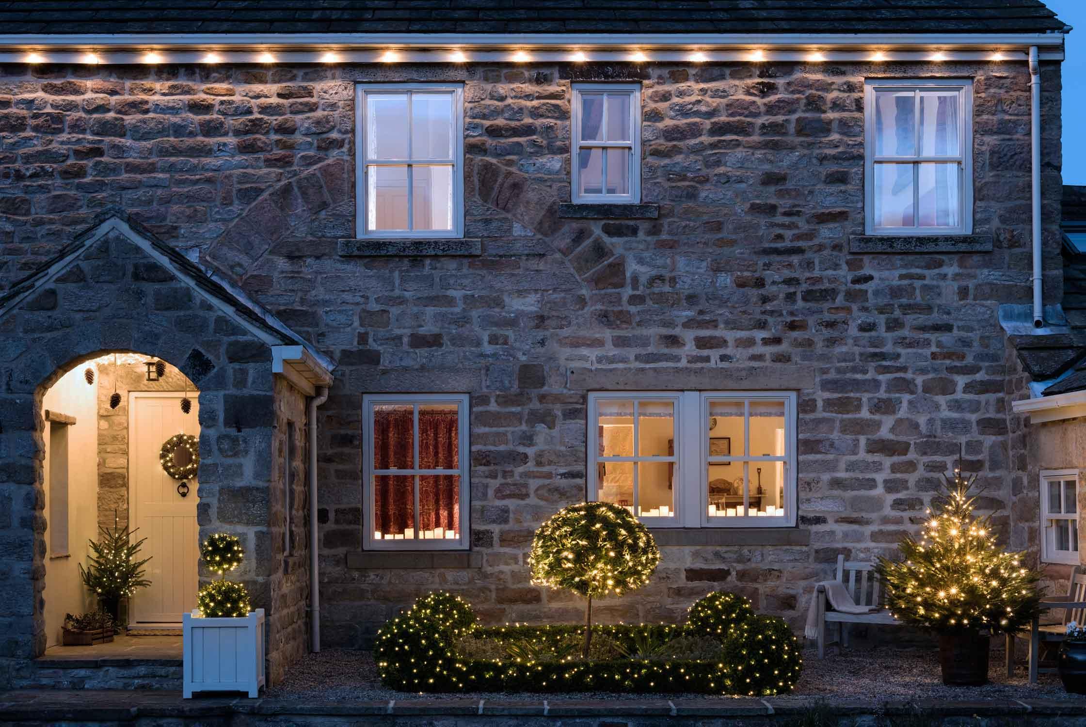 Ideen Weihnachtsbeleuchtung Außen.Ideen Zur Haus Weihnachtsbeleuchtung Lights4fun De