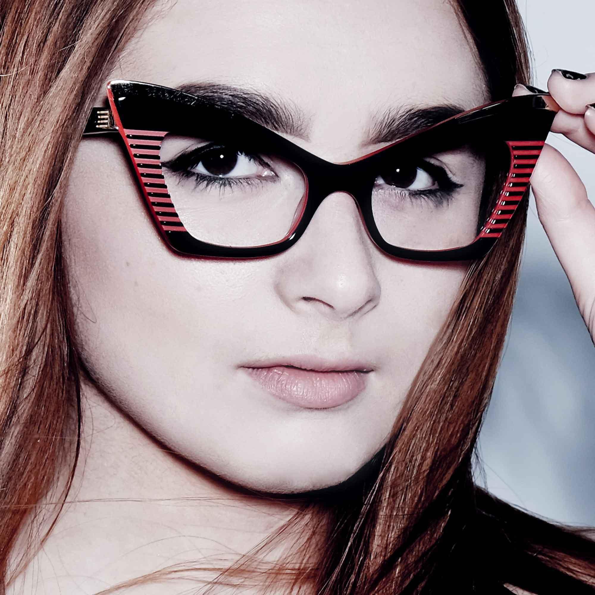 Female model wearing joiuss doreen black & red cat eye glasses