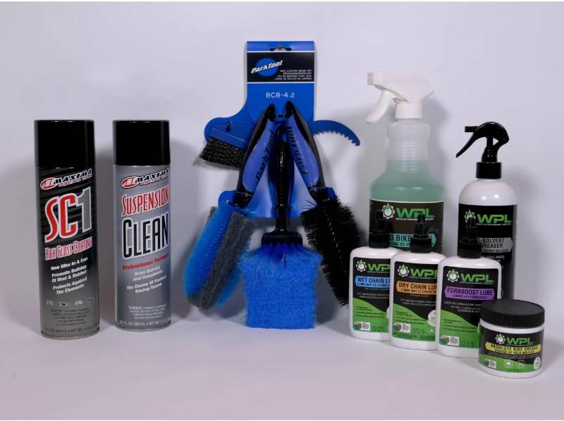 mtb mountain bike cleaning clean kit wash polish brush brushes lube degrease degreasor degreaser park tool bcb-4.2 wpl maxima sc1 bio bike wash chain lube wet dry fork boost grease