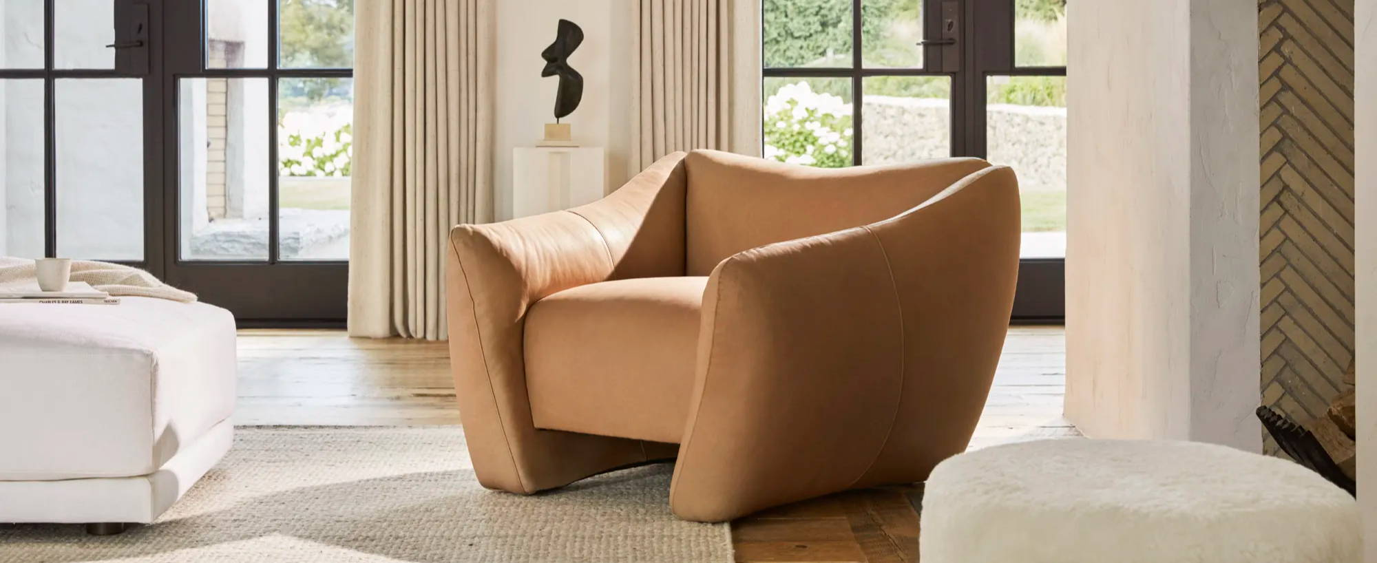 The Bond chair in Camel Tuscan Leather