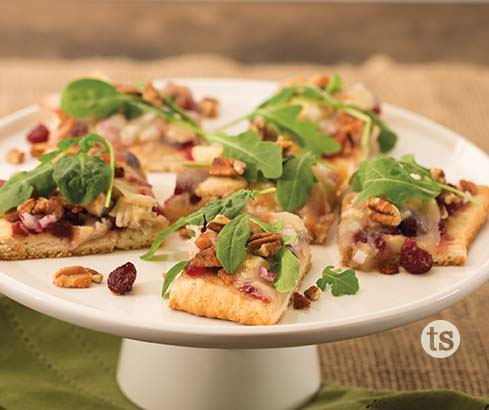 turkey cranberry flatbread pizza