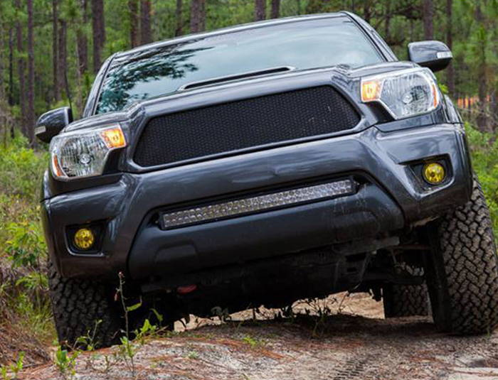 Toyota Tacoma with Clear Lamin-x LED light bar film