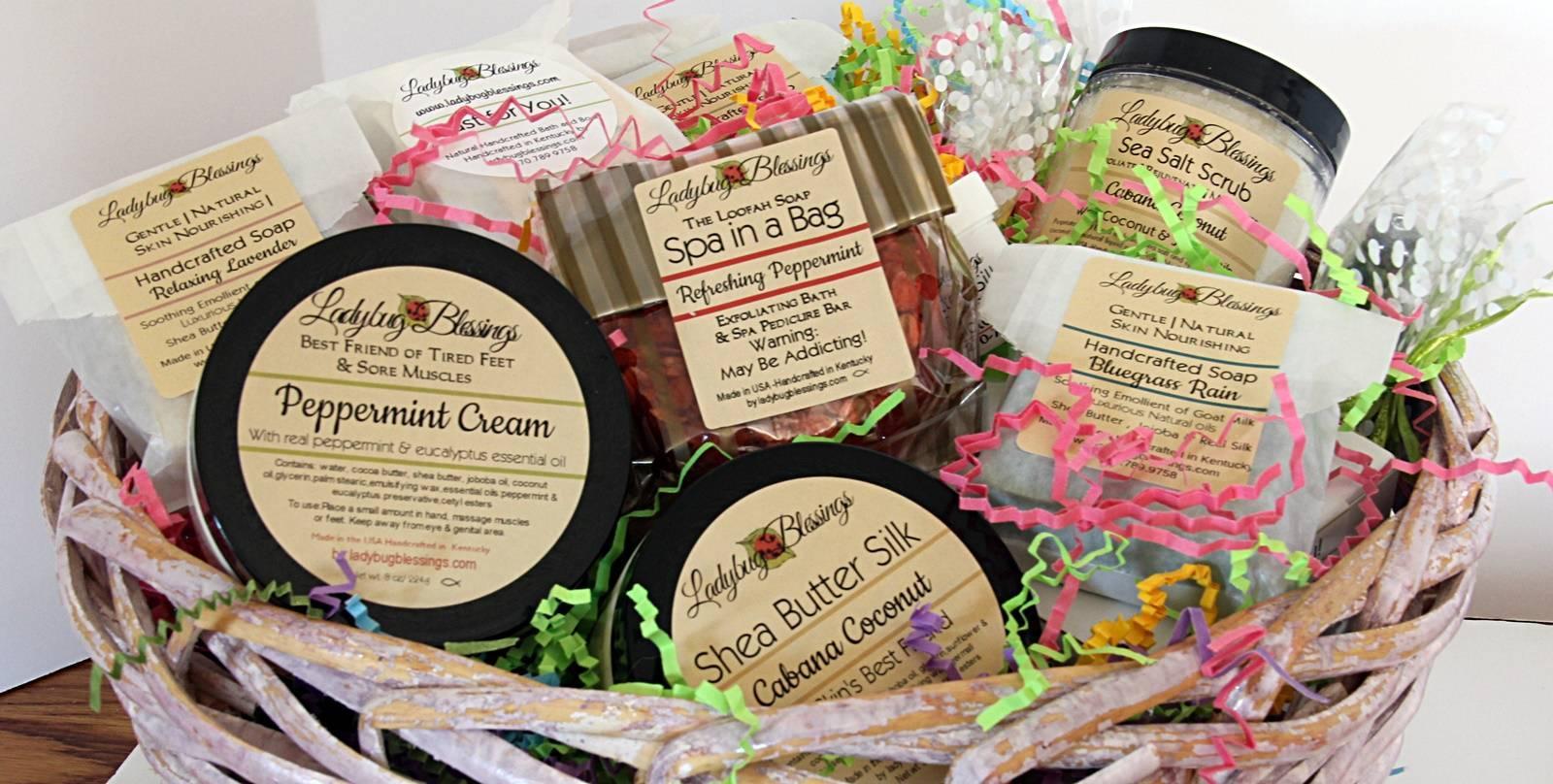Customized gift Baskets, customized gift basket for every occasion. Customized bath gift basket