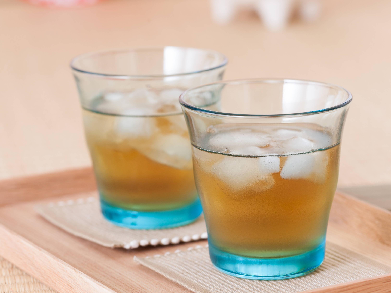 a cold glass of mugicha, barley tea