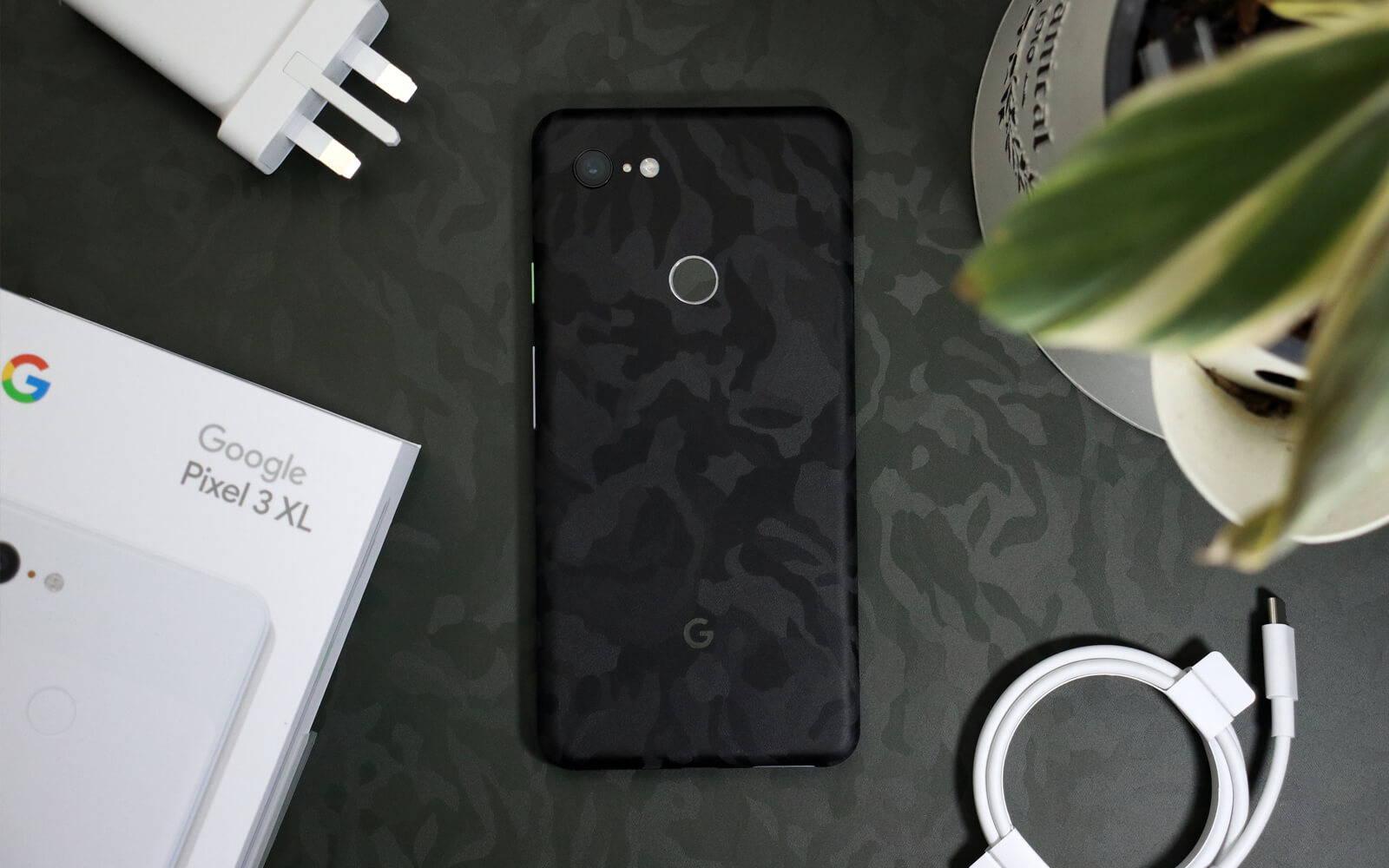 Google Pixel 3 XL Black Camo and Green Camo Skins