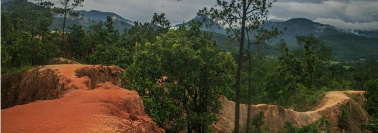 Take some shot of the Pai's Canyon and enjoy its  impressive and mesmerizing sight