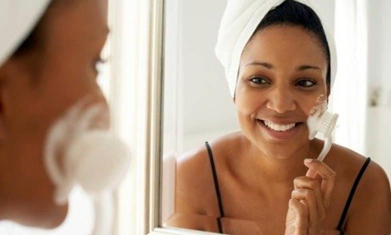 utilisation brosse de visage