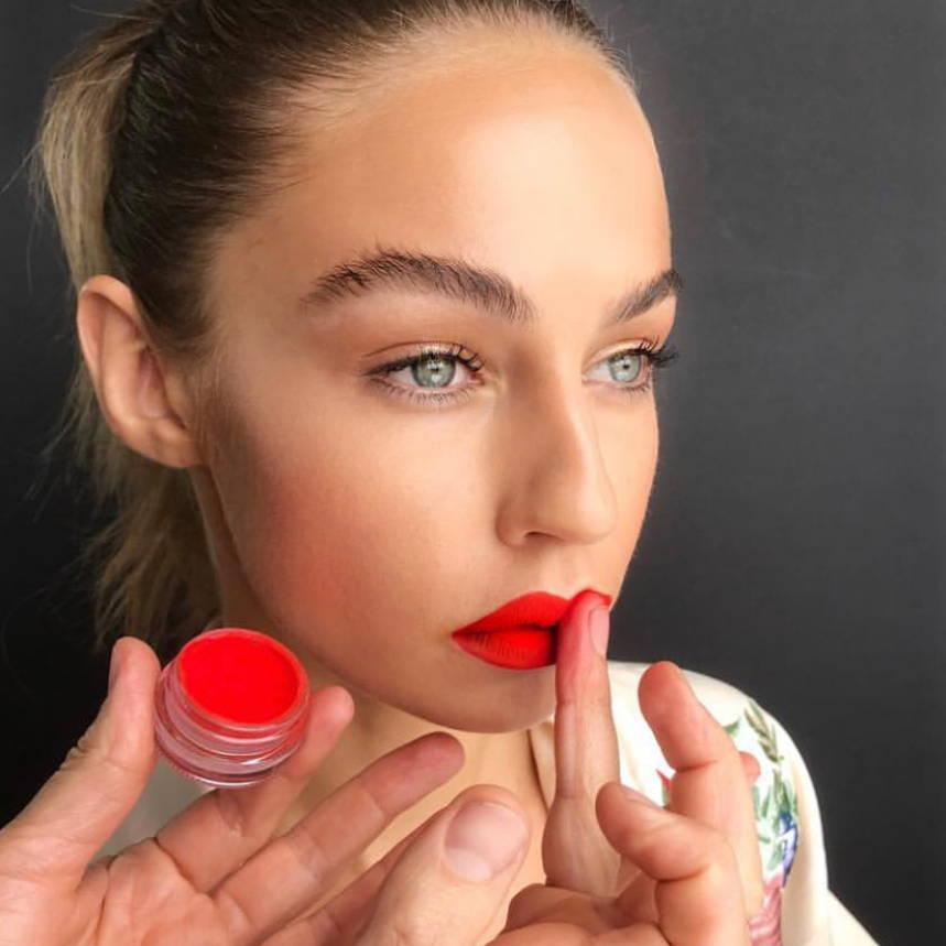 Sample Beauty Loose Eyeshadow Pigment