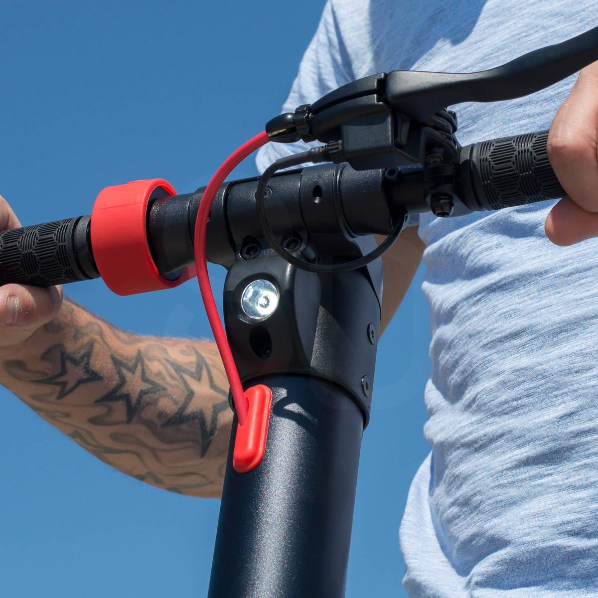體面的 X7 踏板車大燈關閉
