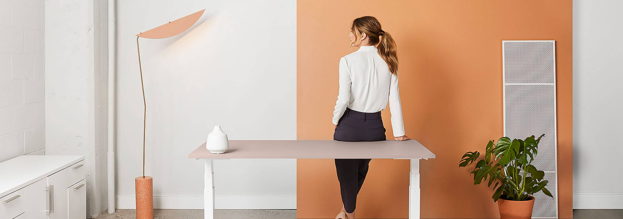 The Shift sit-stand desk - ergonofis