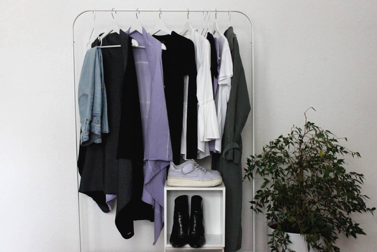 Caspule Wardrobe mit KUKLA