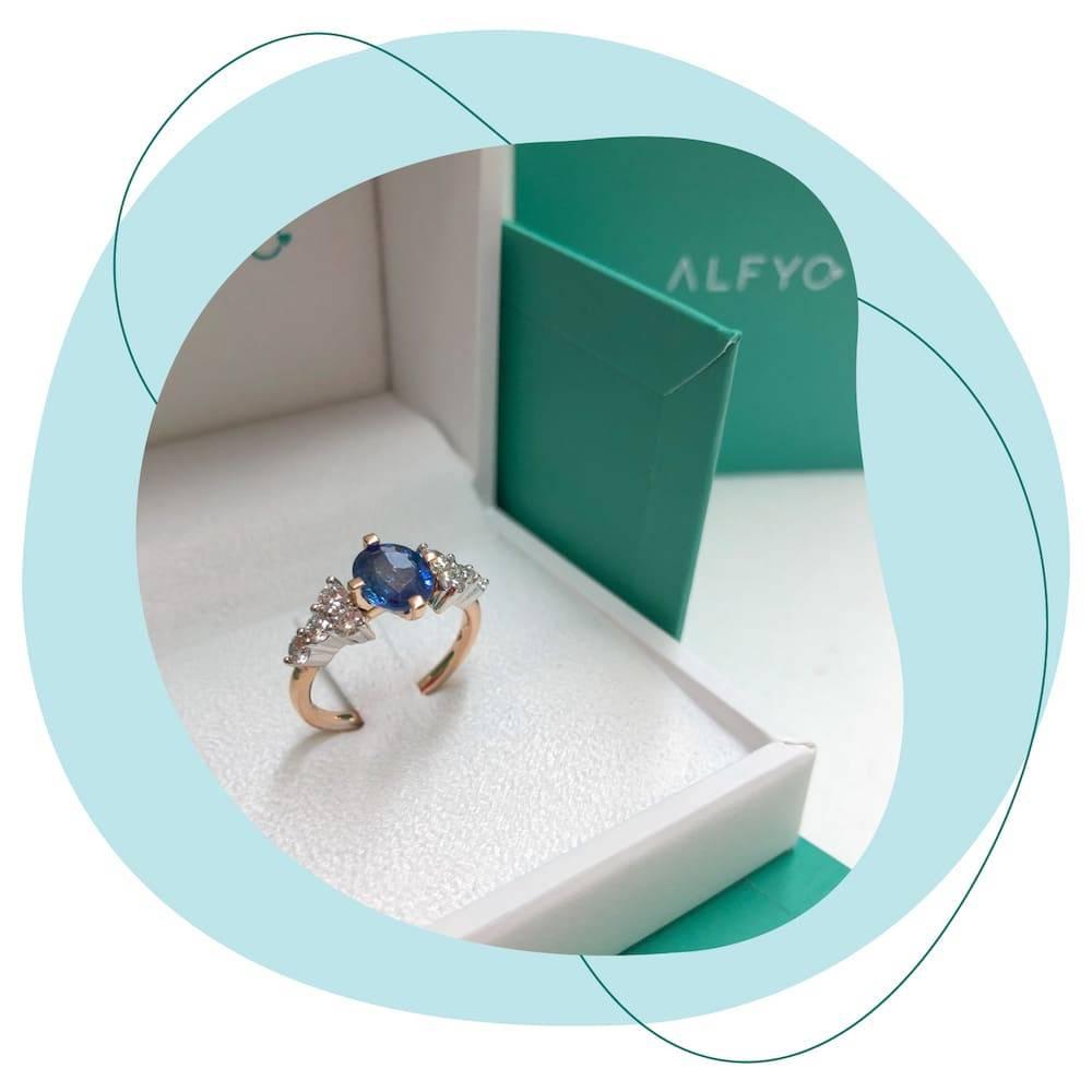 anello con zaffiro alfyo