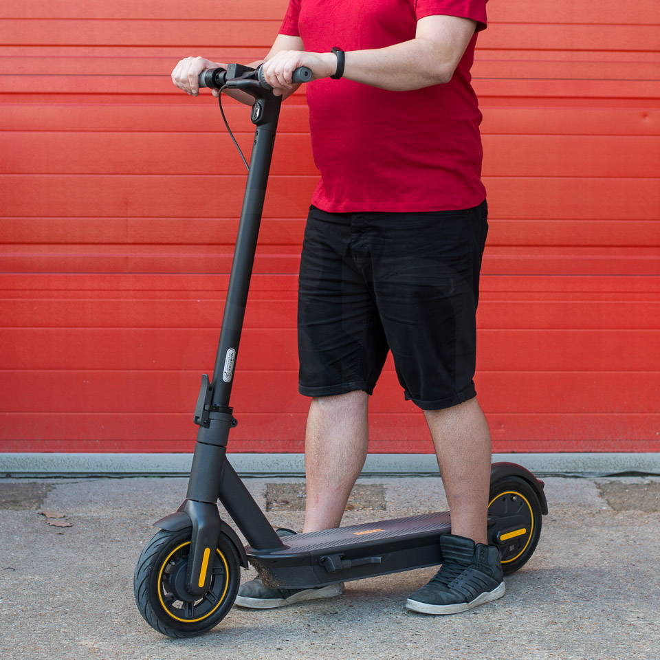 Electric scooters for heavy adults Ninebot Max G30 right