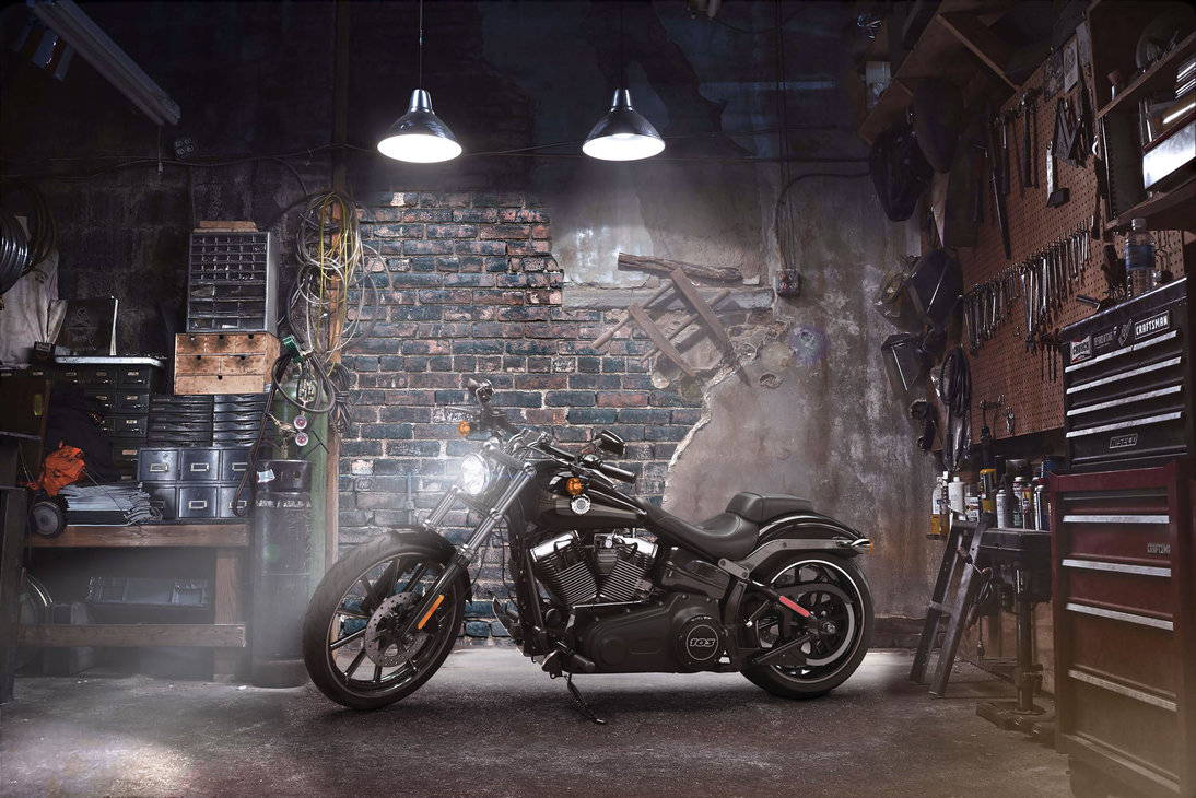 Harley Davidson Softail Motorcycle - A Vaporizer Guide at DopeBoo.com