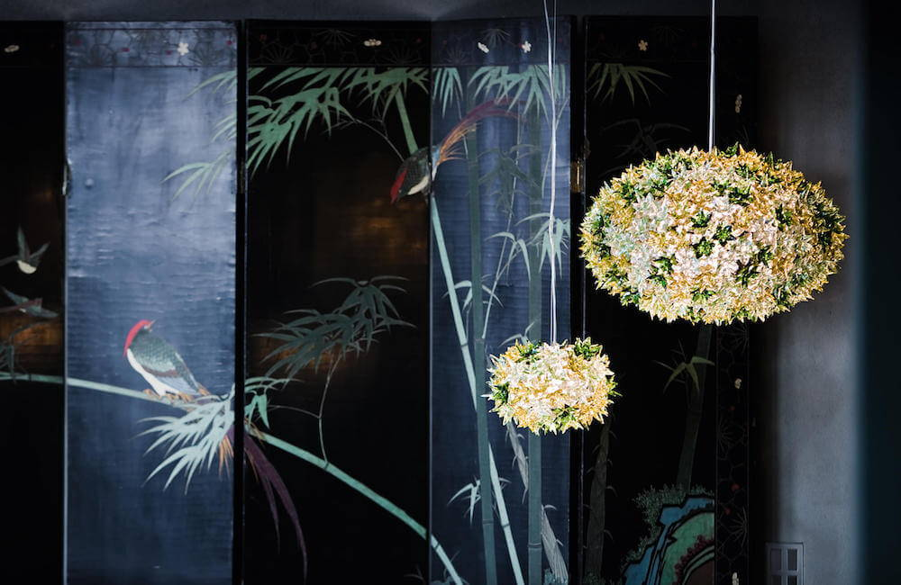 Far from being a passing fancy, the floral interior design trend continues strong. Browse ideas and products at 2Modern.