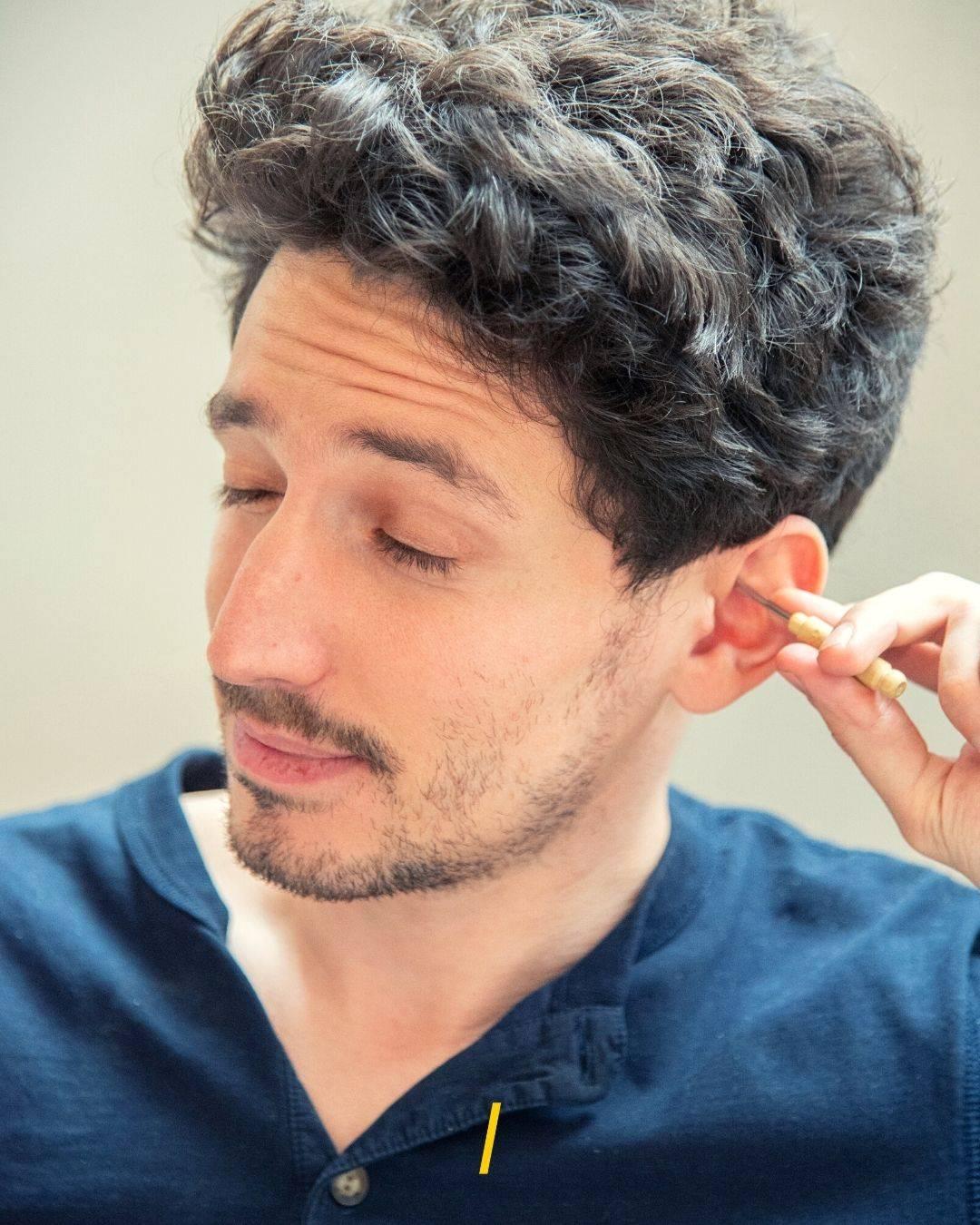 Cure-oreille en inox