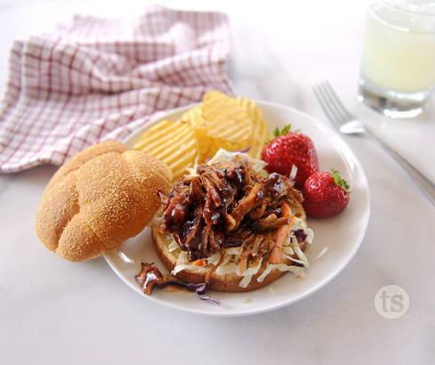 smoky bbq pork sandwiches