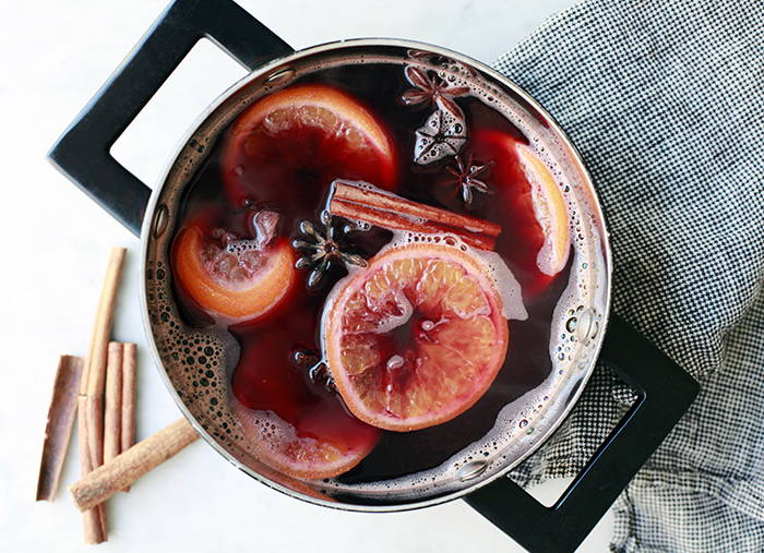 Making Mulled Wine With Amandean