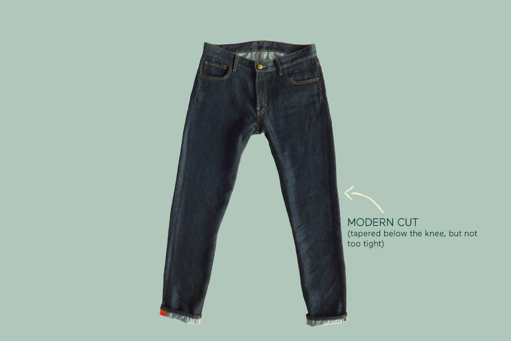Comfortable again&again jeans with an arrow pointing to the modern cut