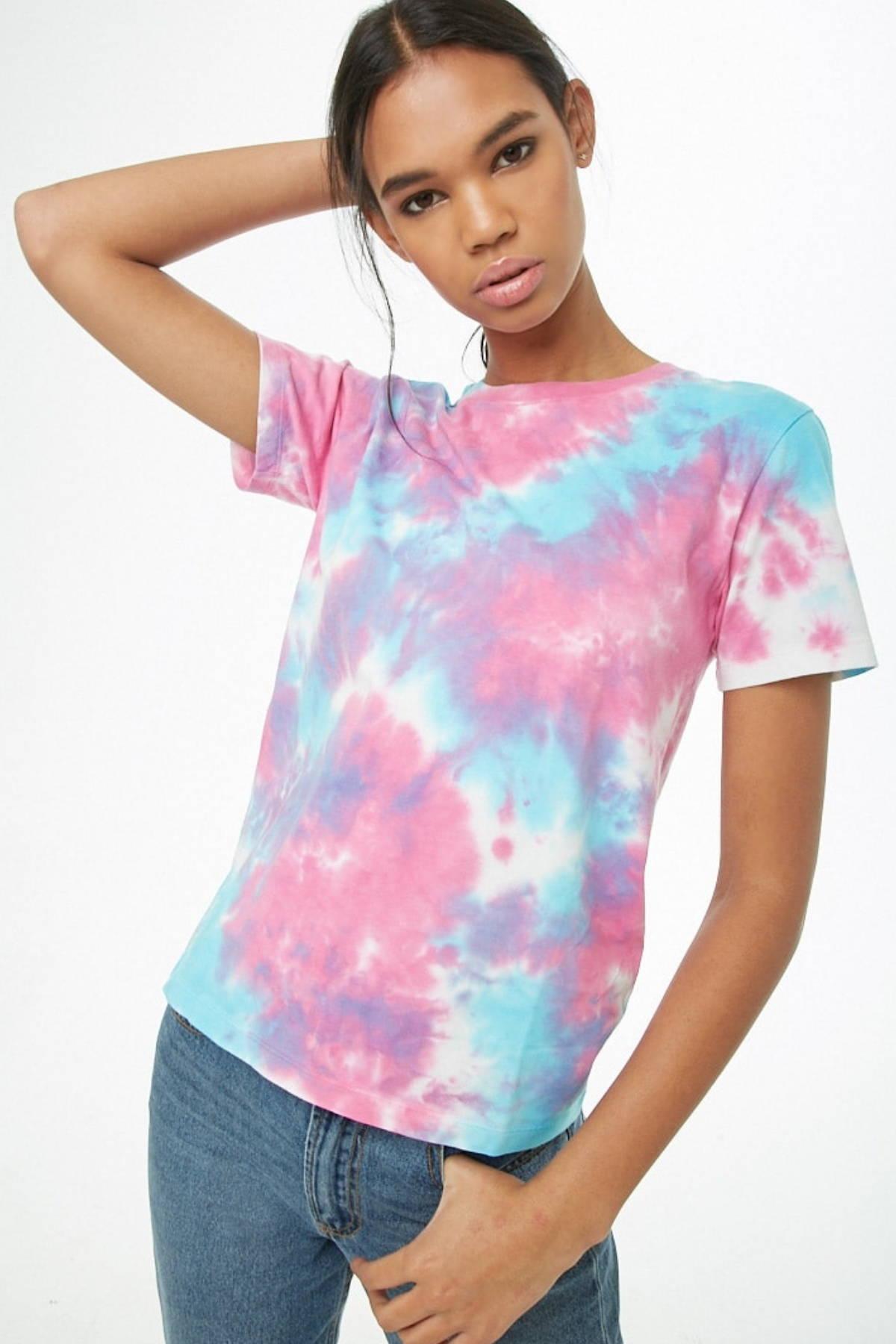 simple tie-dye tee shirt.