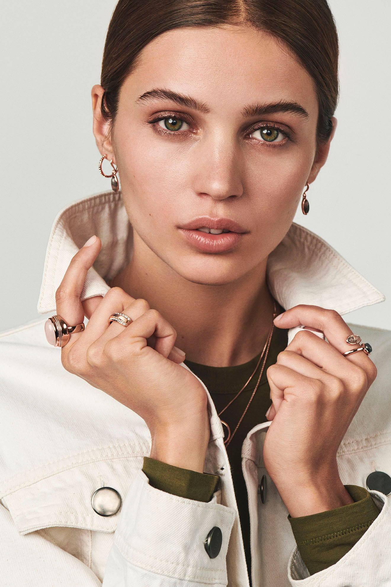 Find beautiful rose gold earrings