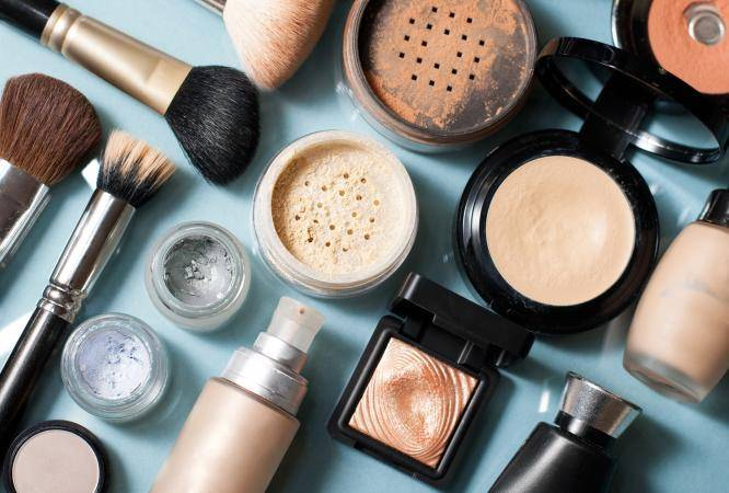 Cosmetics and skincare packaging