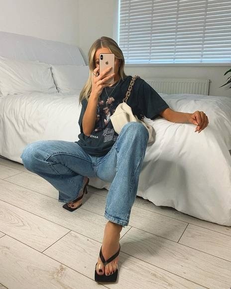 oversized t with boyfriend jean
