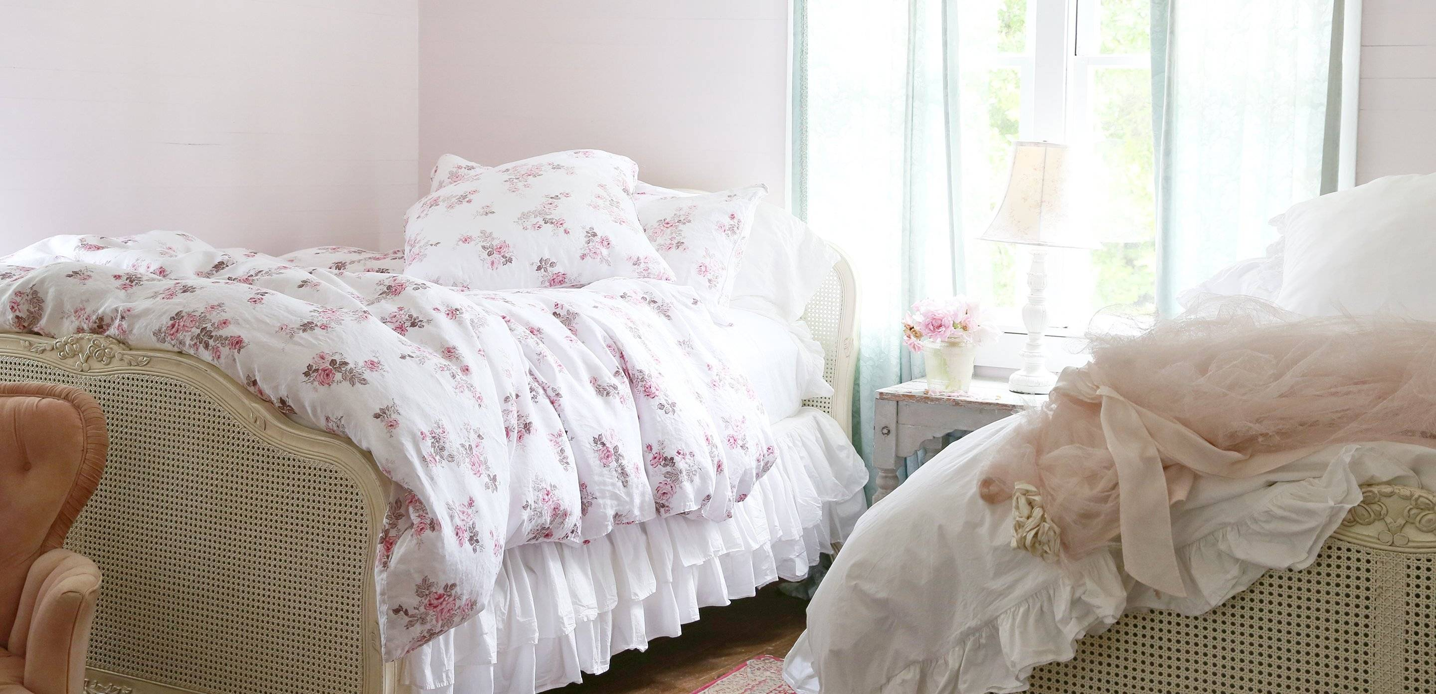 shabby chic the official rachel ashwell shabby chic couture site. Black Bedroom Furniture Sets. Home Design Ideas