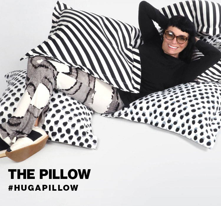 The Pillow - Hug a pillow