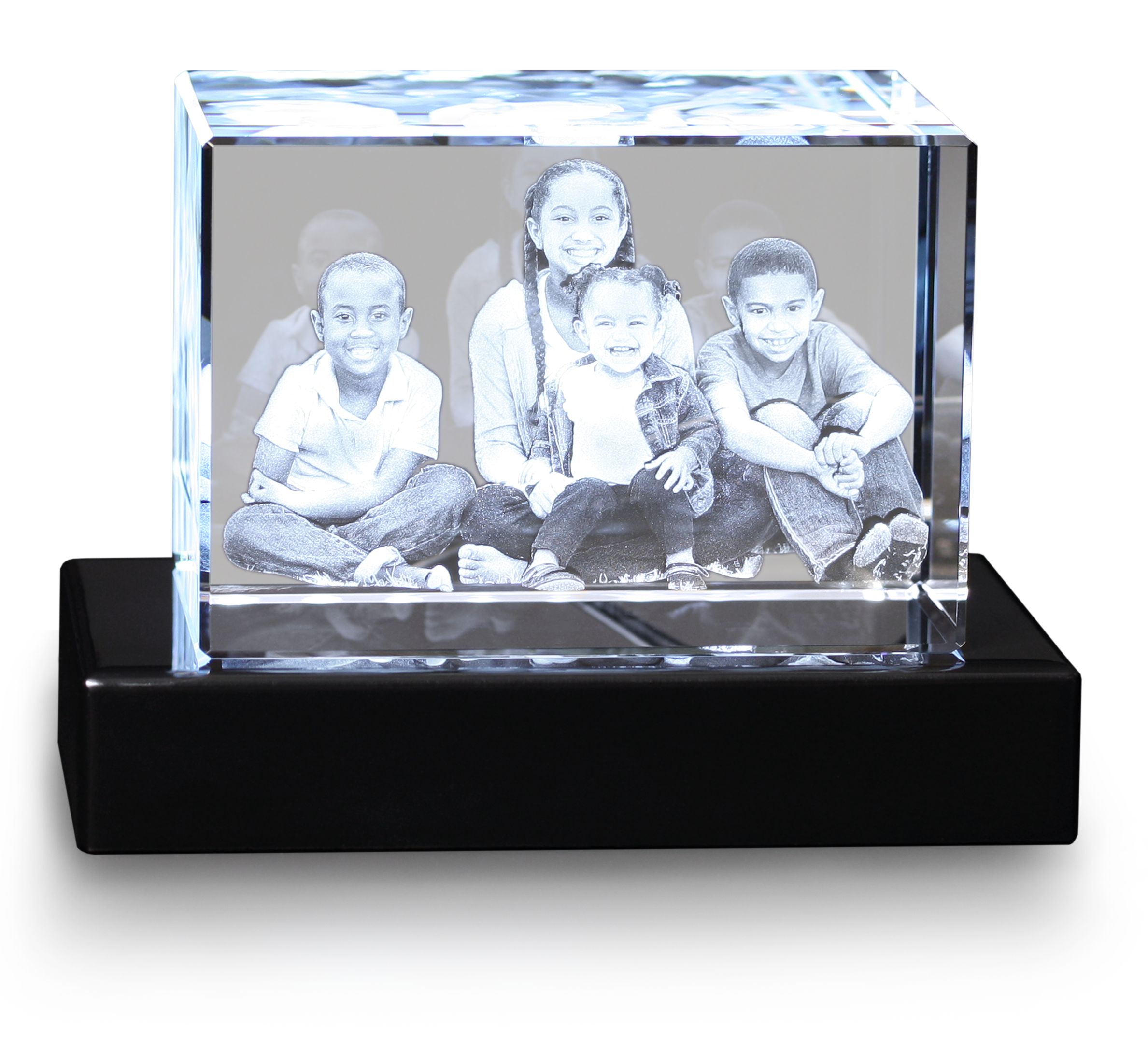 3d crystal with family image