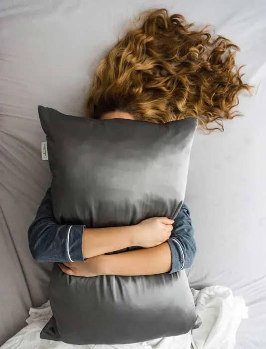 Silk pillowcase benefits