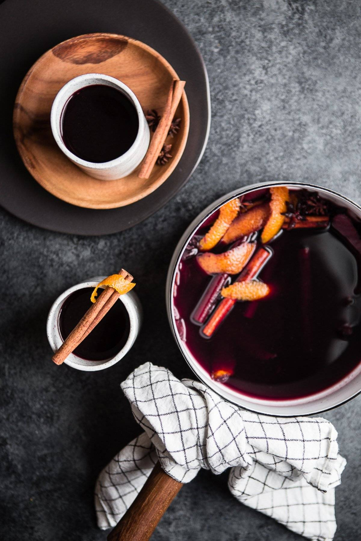 Amandean's Collagen-Infused Mulled Wine Recipe
