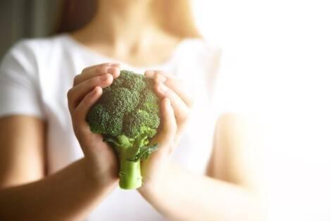 Wir haben viele Tipps, wie du vegan abnehmen kannst