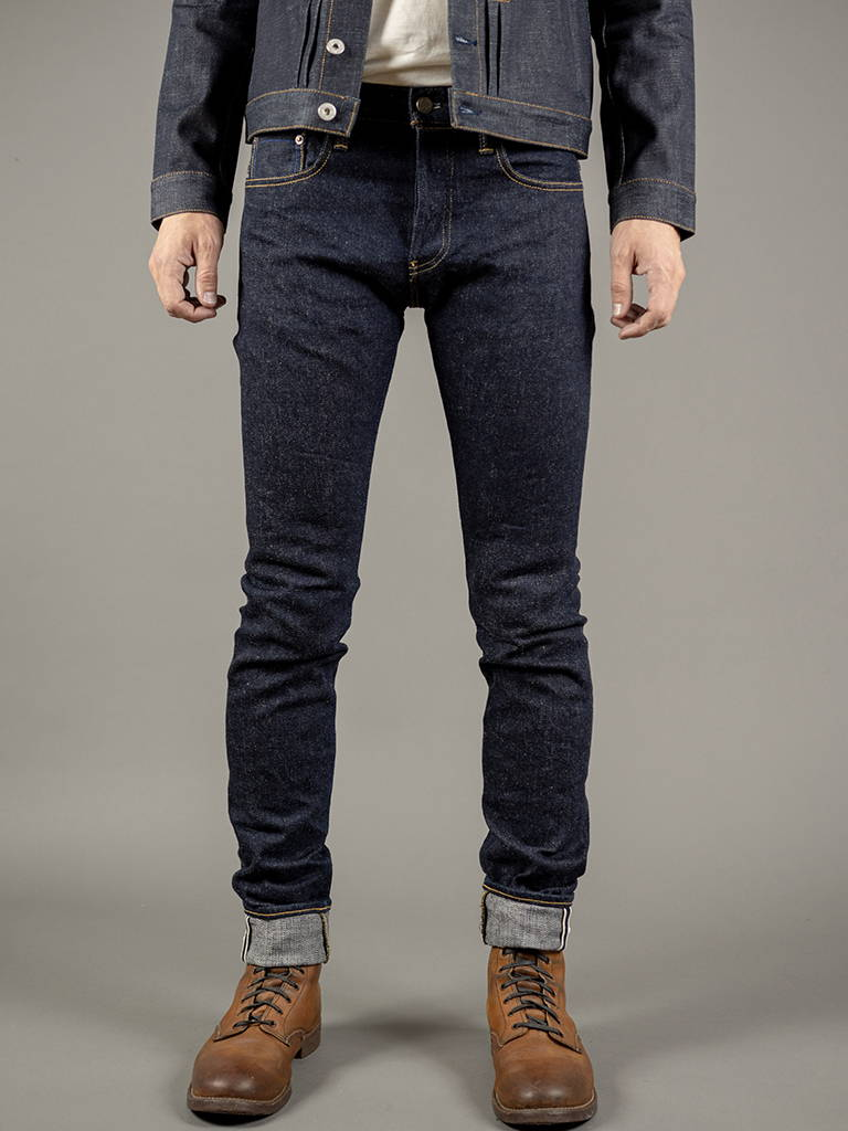 NATURAL EXTRA TAPERED JEANS