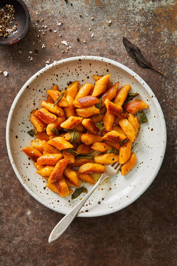 Easy homemade pumpkin ricotta gnocchi with butter sage sauce.