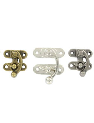 trunk clasps