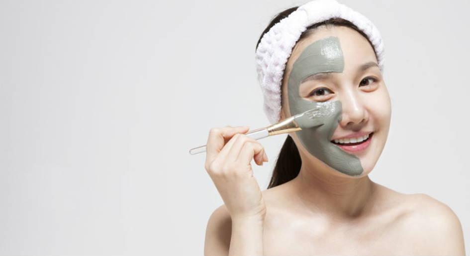 plusieurs masques de visage