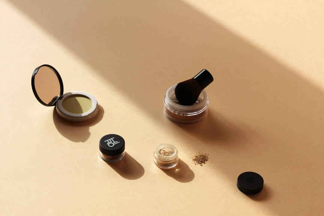 Mineral Make-up: Diese Foundation kann mehr | Five Skincare