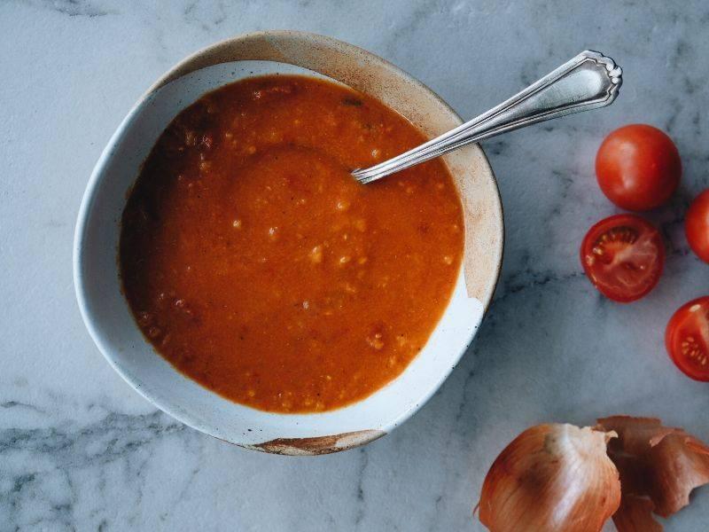 soupe rouge de tomate et poivron la boite du chef