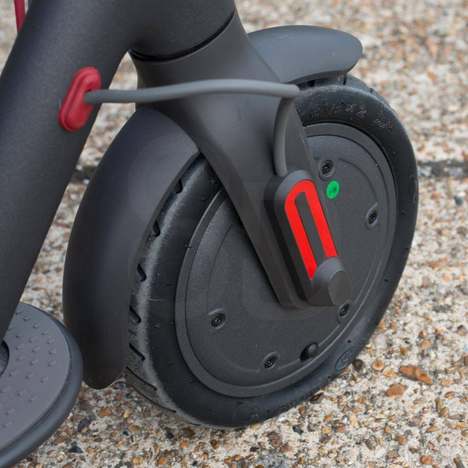 Xiaomi Mi M365 Electric Scooter tyre change tire puncture flat front