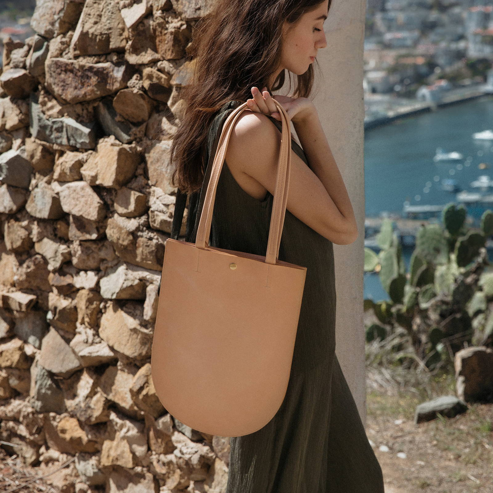 Leather Totes for Minimalists