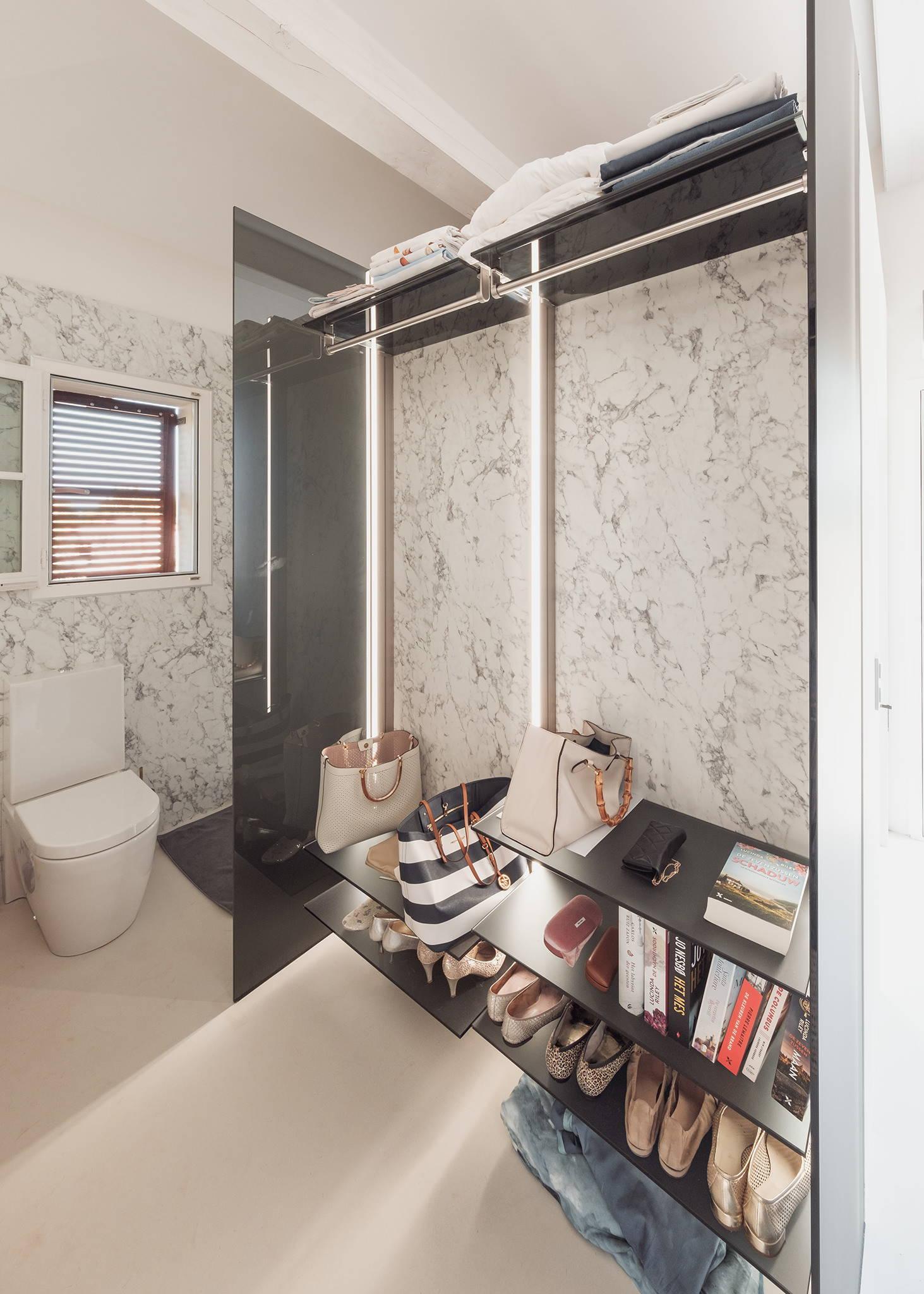 Luxury walk in closet system