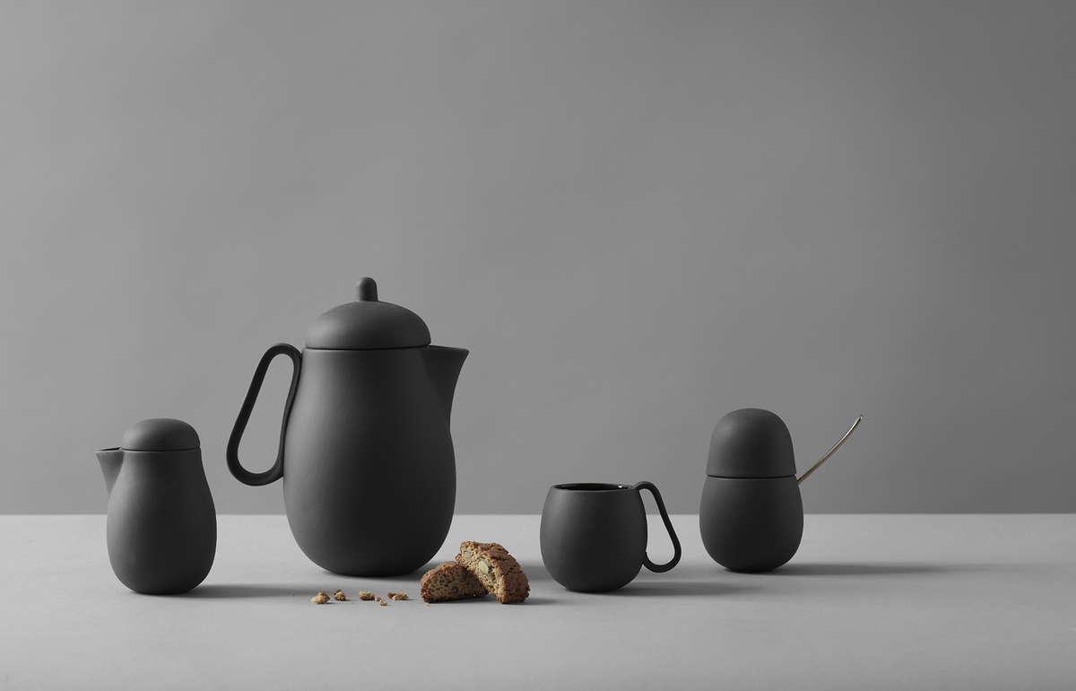 Nina Teeset in skandinavischem Design